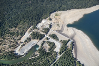 Michels was selected as the foundation contractor to design and build the earth retention system for a 20-foot wide fish passage structure for the Cle Elum Dam.