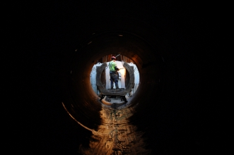 Michels used microtunneling to build a 485-foot-long, 6-foot diameter tunnel under a major four-lane highway.