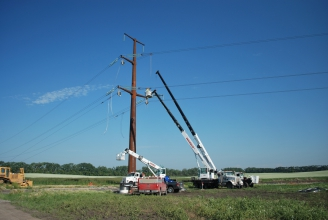 Michels Power, Inc. installed approximately 250 miles of high voltage 345-kV AC transmission line.